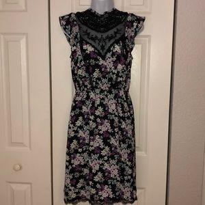 Express lace dress Size small